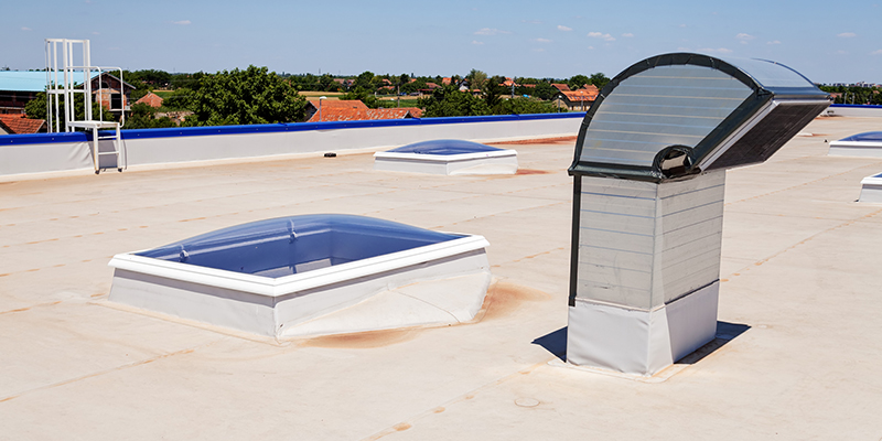 Secrets to Cleaning a Flat Roof